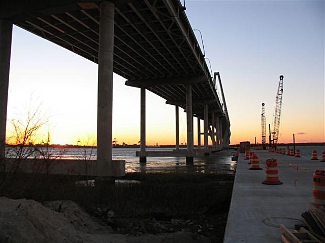 jan_09_sparky_163_pier_sunset.jpg