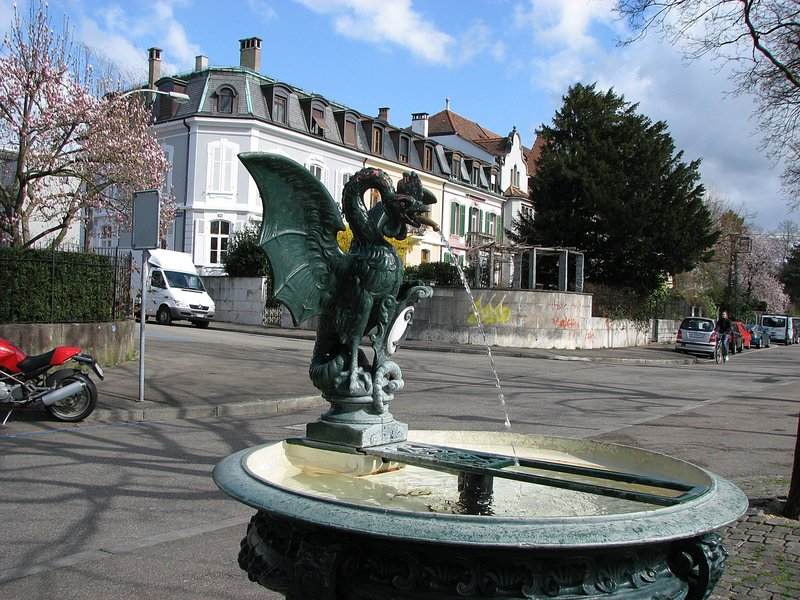 mar_10_0107_fountain.jpg