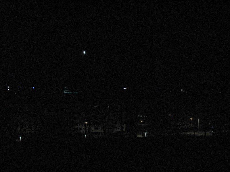 mar_12_0104_moon_planet.jpg