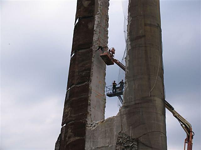 mar_12_sparky_039_acrobats.jpg