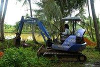 dec_23_1674_excavator.jpg